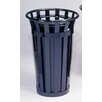 Stadium Series SMB Round 24 Gallon Receptacle with Flat Top Lid