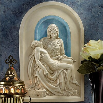 Design Toscano The Pieta (1499) Lunette Wall Sculpture