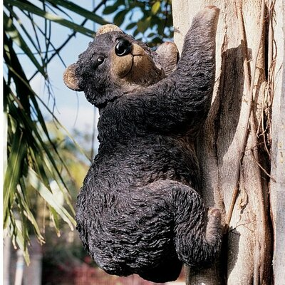 Design Toscano Yonva The Climbing Bear Statue