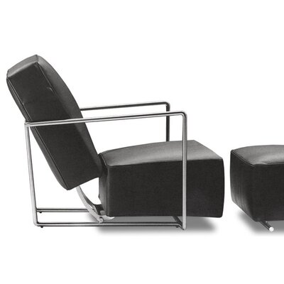 sohoConcept Elegant Leather Chair and Ottoman
