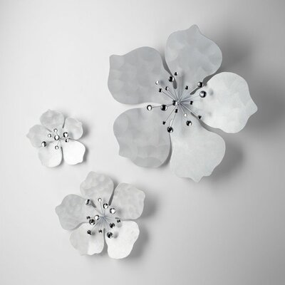 Cyan Design Medium Violet  Wall Flower 2 in Oyster Silver
