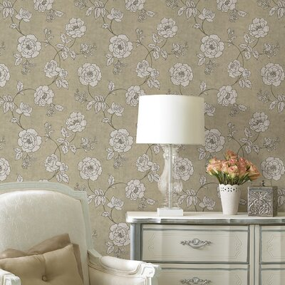 Serene Rose Wallpaper in Shell White / Gold / Creamed Beige