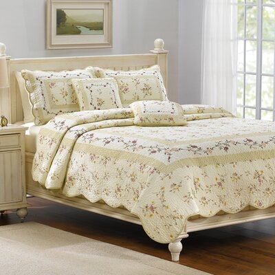 American Mills Camelot Bedding Collection