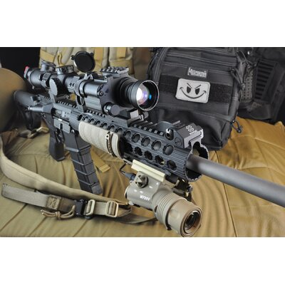 Armasight Luminus 335 Flashlight w/Accessories