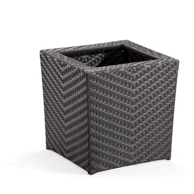 dCOR design Cancun Outdoor Square Planter