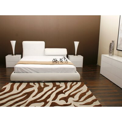 Casabianca Furniture Jessie Platform Bed