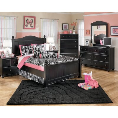 Signature Design by Ashley Dawn Poster Bedroom Set in Black