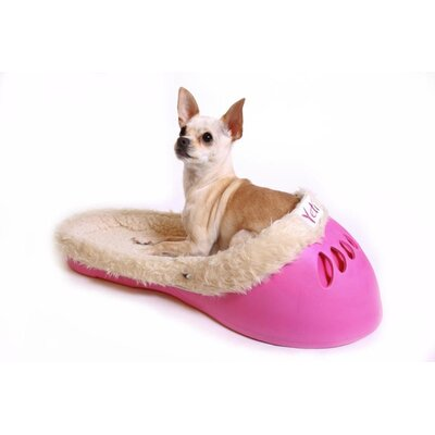 Yeti Pet Bed in Pastel Pink