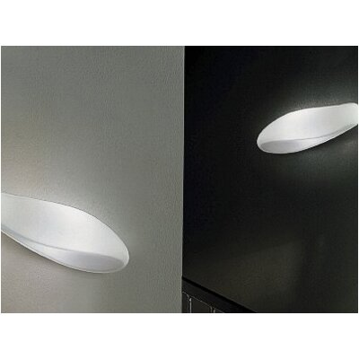 Zaneen Lighting Track Flush Mount