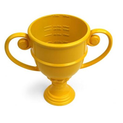 Kikkerland Trophy Measuring Cup