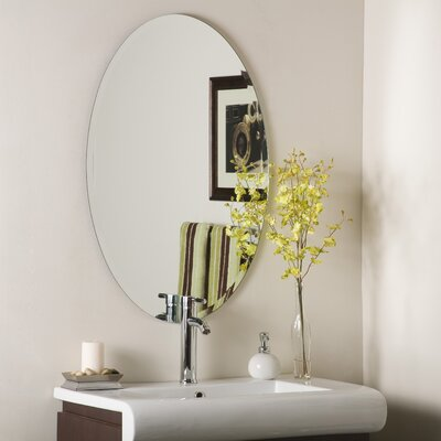 Decor Wonderland Helmer Wall Mirror