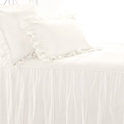 Pine Cone Hill Savannah Linen Bedspread Collection