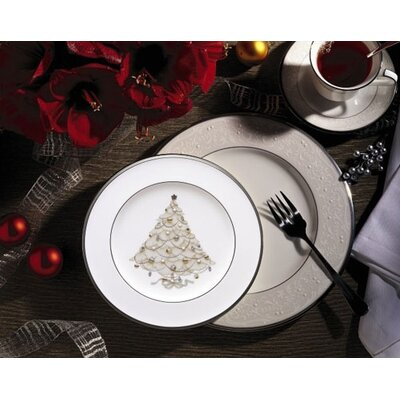 Palace Christmas Platinum Dinnerware Set