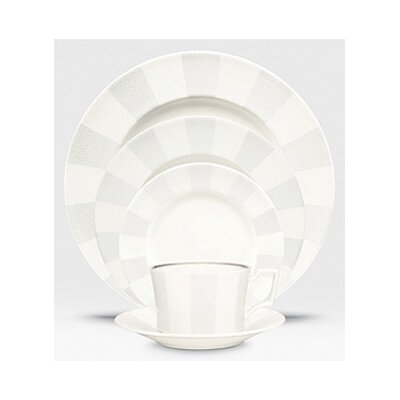 Falling Snow Dinnerware Set