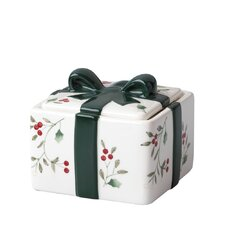 "Winterberry 4"" Candy Box"