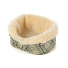 Nesting Pet Bed in Plaid