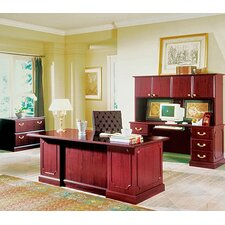 Wyndham Standard Desk Office Suite