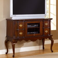 Lasting Traditions 4 Drawer Entertainment Dresser