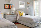 Guest Room: Serene With a Splash