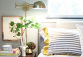 How to Create a Cozy Bedroom
